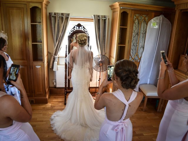 Katie and Nathan's wedding in Trowell, Nottinghamshire 5