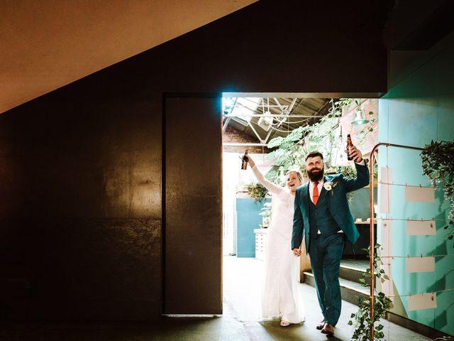 Neil and Mari's wedding in Liverpool, Merseyside 5